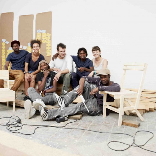 CUCULA Chris Werk Copyr-verena Bruening3-528x528 in Cucula – Refugees Company for Craft and Design