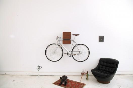 MIKILI-KAPPO-Walnuss-Walnut-01-528x352 in MIKILI – Bicycle Furniture
